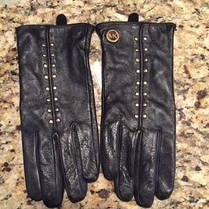 100% Leather MK gloves with gold details